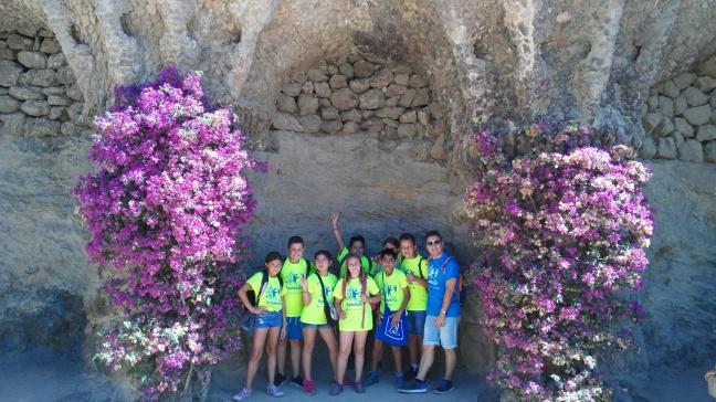 Sota l'arc de Gaudí 1